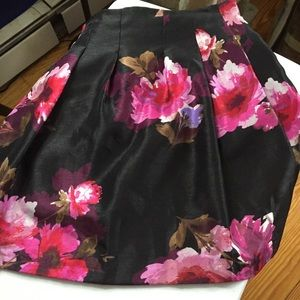 Dress Barn Flared Floral Party Skirt Size Large